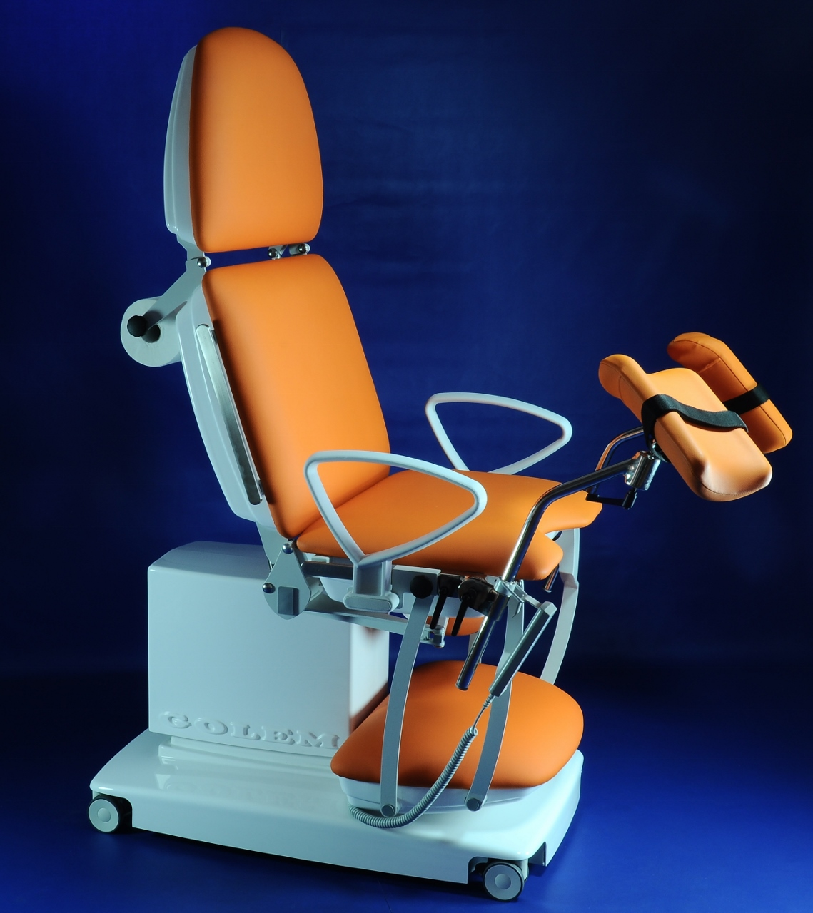 RQL s r o  - MEDICAL DECK CHAIRS, TABLES AND CHAIRS GOLEM -