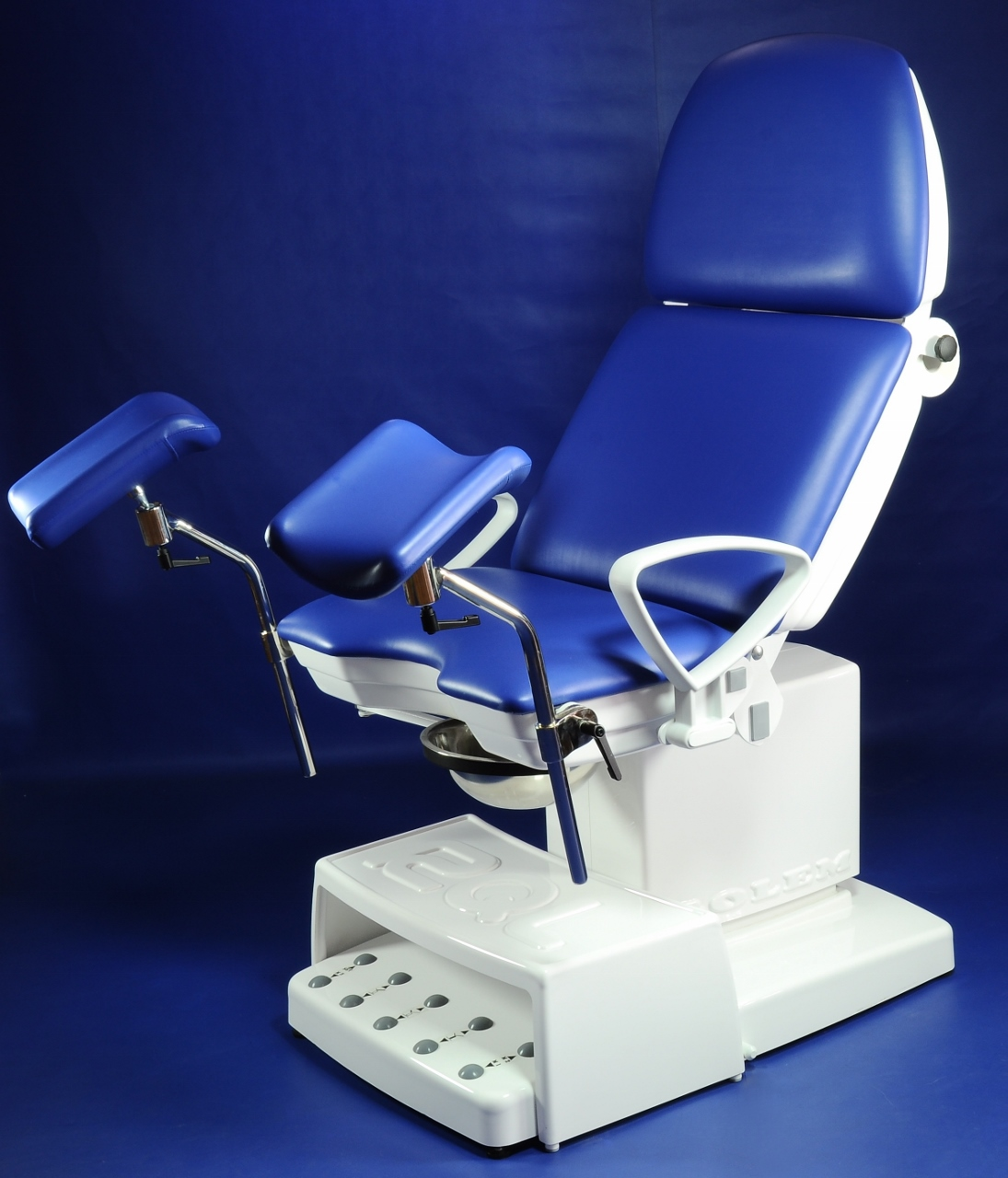 RQL s.r.o. - GOLEM 6ET – EXAMINING chair for gynaecology and urology